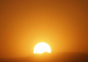В Абу-Даби на крыше мечети установили солнечные батареи