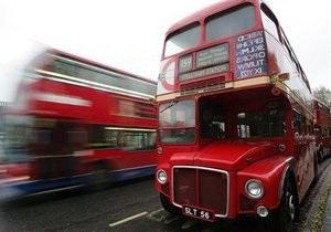 Движение за рукоположение в священники женщин разместит на автобусах рекламные постеры к приезду Папы в Британию