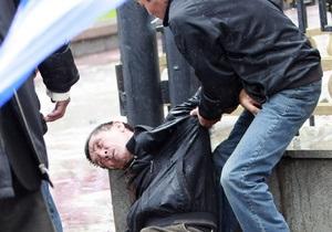 В результате беспорядков в Бишкеке погиб 21 человек