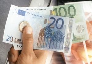 Межбанк: гривна незначительно укрепилась к евро