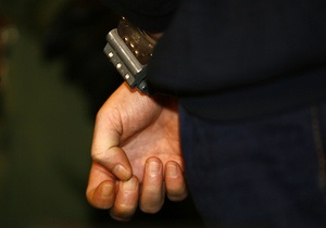 Столичная милиция задержала за взяточничество чиновника КГГА