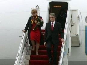 Ющенко в аэропорту Борисполь встретился с главой миссии МВФ в Украине