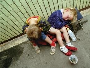 Киевские власти намерены в этом году решить проблему детей-сирот
