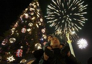 В этом году главная Новогодняя елка страны впервые будет искусственной