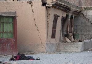 Число жертв землетрясения в Китае достигло 760 человек