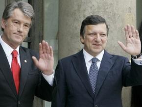 Баррозу призвал Ющенко поддержать усилия Тимошенко