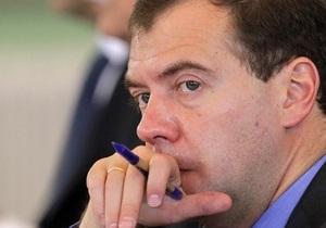 Обычно так кошельки не воруют: Медведев прокомментировал нападение на журна