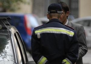 На Прикарпатье 27-летний водитель головой разбил губу сотруднику ГАИ