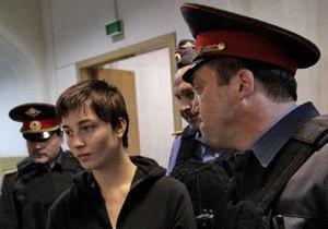 18-летняя анархистка решила частично признать вину по Болотному делу
