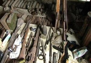 Новости Херсонской области - арсенал оружия - В Херсонской области у местного жителя нашли арсенал оружия
