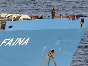 Сомалийские пираты очень надеются избавиться от Фаины в ближайшие дни
