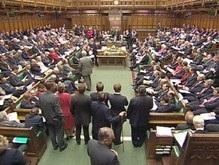 В Британии депутатам парламента поручили на каникулах прочитать 38 книг
