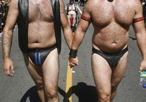 В Варшаве начался первый в истории Польши гей-парад