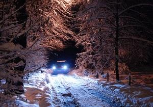 Непогода в Украине - снегопад на Западной Украине - новости Украины: В Ивано-Франковской области спасатели освободили из снежных заносов 476 автомобилей