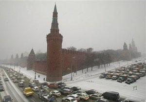 На голосовании в Москве наблюдается низкая активность из-за накрывшего мегаполис снегопада