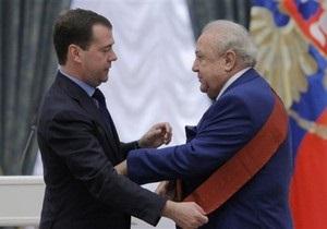 Церетели может создать памятник Медведеву и Путину