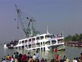 В Бангладеш при аварии парома погибли более 60 человек