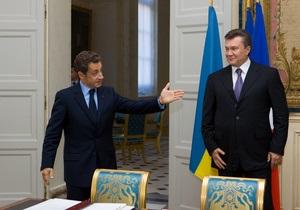 Le Figaro: Янукович смотрит и на Россию, и на ЕС