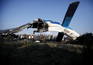 Авиакатастрофа в Непале: Незадолго до крушения самолет столкнулся с птицей