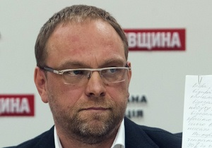 Тимошенко - Власенко - Нельзя лечить силой: Власенко напомнил, что ответственность за состояние Тимошенко несут берлинские медики