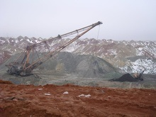 ИСД и ArcelorMittal посоревнуются с Коломойским за крупнейшее в Украине месторождение марганцевых руд