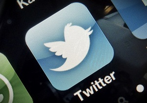 Twitter добавляет кнопку для жалоб на твиты