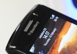 Новый смартфон неожиданно вытащил BlackBerry из убытков