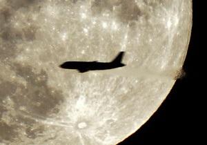В Британии пассажир посадил самолет после того, как пилоту стало плохо