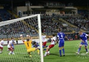 Дубль Мазилу приносит Арсеналу победу над Ильичевцем