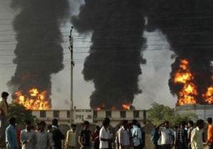 Жертвами пожара на швейной фабрике в одевающей Европу стране стало 10 человек - бангладеш