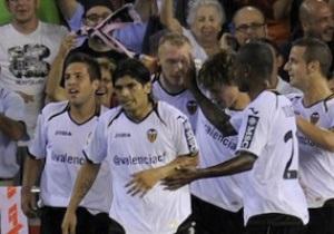 Валенсия, оставшись без спонсора, рекламирует на футболках свой блог в Twitter