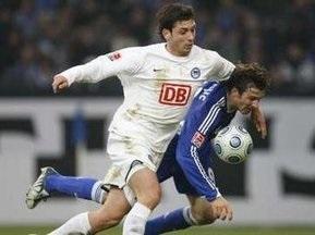 Бундесліга: Шальке перемагає Герту, Вердер поступається Карлсруе