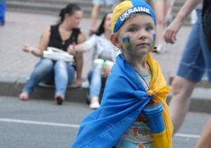 Прем єр упевнений, що Євро-2012 розвіяло міфи про Україну