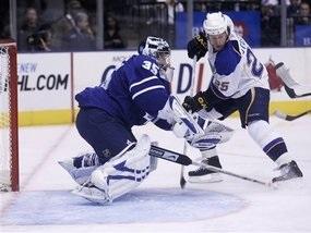 NHL: Шайба Понікаровського не врятувала Торонто від поразки