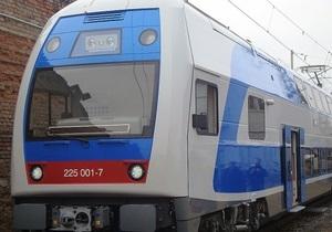 В Харьков доставлен первый двухэтажный электропоезд Skoda