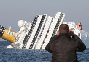 Поднятие Costa Concordia перенесли из-за грозы