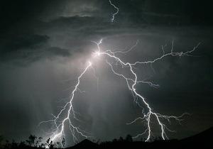 У Києві та області оголошено штормове попередження