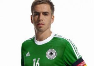 С надеждой на успех. Сборная Германии на Евро-2012 будет выступать в зеленой форме
