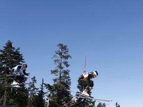 Фристайл: Швейцарец побеждает в ски-кроссе