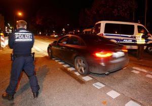 Мужчина захватил более десяти заложников в немецкой закусочной