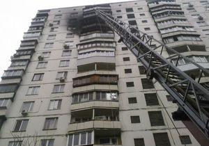 На Соломенской площади Киева в 16-этажке возник крупный пожар