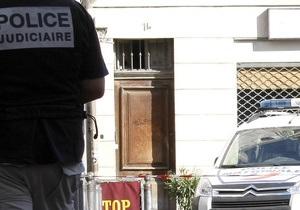 Восемь лет одиночества. Покупатель парижской квартиры обнаружил в ней труп самоубийцы
