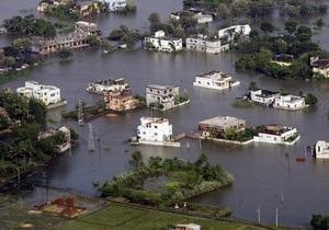 В Индии мужчине, пострадавшему от наводнения, предоставили компенсацию в один доллар
