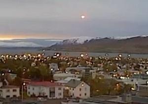 НЛО - Исландия - В небе над Исландией был зафиксирован НЛО