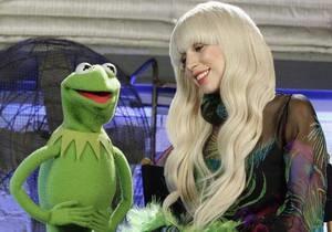 Lady Gaga и ее бывшая помощница заключили мировую