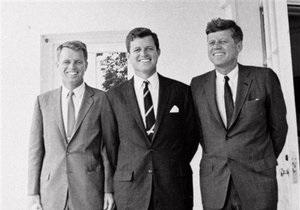 Кеннеди - мозг - Мозг Джона Кеннеди мог украсть его брат - The New York Post