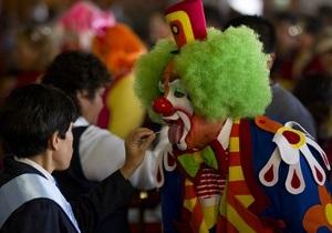 Мексиканского наркобарона расстреляли клоуны
