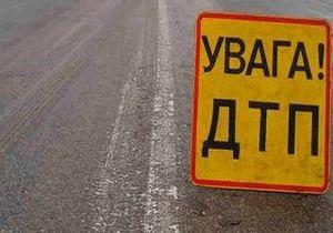 Новости Кировоградской области - ДТП - мотоцикл - В Кировоградской области предпринимательница, сбив двух мужчин на мотоцикле, возмущена повреждением машины