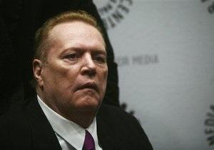 Король порно Ларри Флинт призвал власти США не казнить преступника, стрелявшего в него 35 лет назад