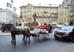новости Львова - ДТП - карета - Lexus - Смешались в кучу кони, Lexus. Джип с  депутатскими  номерами во Львове протаранил карету